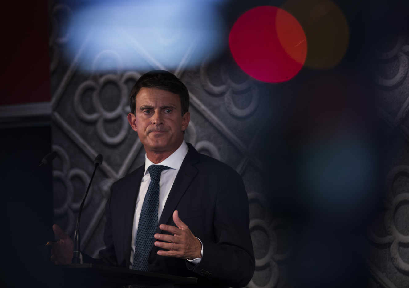 France's former prime minister Manuel Valls speaks during a presentation ceremony in Barcelona, Spain to announce his candidacy for mayor of Barcelona on Tuesday, Sept. 25, 2018. (AP Photo/Emilio Morenatti)